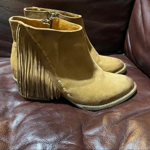 Corral Shoes - Corral G pre-owned size 8 M